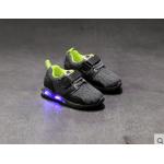 รองเท้าผ้าใบเด็กผู้ชาย