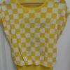 เสื้อยืดสีเหลือง