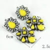 new2 yellow earrings ต่างหูดีไซส์สมัยใหม่แสนโฉบเฉี่ยว