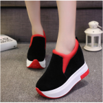 รองเท้าผ้าใบผู้หญิง มีไซต์ 35 36 37 38 39