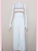 set_bp542  ขายส่งเสื้อผ้าแฟชั่น : ชุดเซ็ทผ้ายืดเนื้อดี เสื้อสั้นสายสปาเก็ตตี้ลายขวางขาวครีมเปลือกไข่+กางเกงขายาวเอวยืดผ่าหน้าสีขาว