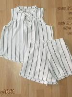 set_bp1051 ชุดเซ็ท 2 ชิ้น(เสื้อ+กางเกง)แยกชิ้น เสื้อแขนกุดคอผูกโบว์(สายโบว์ถอดออกได้)+กางเกงขาสั้นเอวสูงยางยืดหลัง ผ้าไหมอิตาลีเนื้อนิ่มลายริ้วเล็กดำพื้นสีขาว