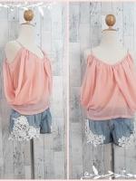 blouse1447 เสื้อแฟชั่นสไตล์ดารา ผ้าชีฟองเนื้อนิ่ม สายเดี่ยว แต่งดีเทลด้านข้าง สีโอลด์โรสอ่อน