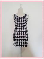 dress2089 เดรสแฟชั่นงานแพลตตินั่มผ้ายืดเนื้อดี แขนกุด ลายชิโนริโทนสีขาวดำ รอบอก 36 นิ้ว