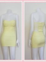 dress2315  ขายส่งเสื้อผ้าแฟชั่น เดรสแฟชั่นเกาะอกเสริมฟองน้ำบาง หลังริ้วเป็นเส้นๆ ซิปหลัง ผ้าสกินนี่(ยืดได้เยอะ) สีเหลืองพาสเทล Size M