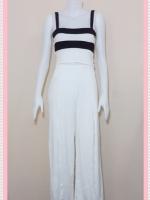 set_bp546  ขายส่งเสื้อผ้าแฟชั่น : ชุดเซ็ทผ้ายืดเนื้อดี เสื้อสั้นสายสปาเก็ตตี้ลายขวางขาวดำ+กางเกงขายาวเอวยืดผ่าหน้าสีขาว