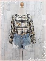 blouse3024 เสื้อแฟชั่นวินเทจแขนยาวผ้าชีฟองลายตารางดอกไม้โทนสีครีมเหลือง