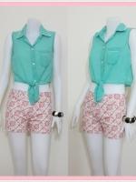 Sale!! blouse1591 ขายส่งเสื้อแฟชั่นตัวสั้นคอปกเชิ้ต ผ้าชีฟอง กระดุมหน้า แขนกุด ชายผูกเอว สีเขียวมิ้นท์