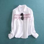 P456093 เสื้อเชิ้ตแขนยาว ผ้าฝ้ายเนื้อดี สีขาว พิมพ์ลายหน้าอก