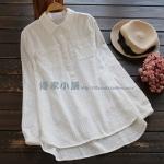 P30212 เสื้อเชิ้ตแขนยาว ผ้าฝ้ายเนื้อดีเนื้อผ้าพิมพ์ลายทาง สีขาว
