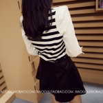 pr1088 เสื้อแฟชั่นเกาหลี ผ้ายืดเนื้อนิ่มลายริ้วขาวดำ แขนตัดต่อผ้าฝ้ายสีขาวสามส่วน จั๊มปลาย
