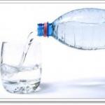 ช่วงตื่นนอนแนะนำให้ดื่มน้ำที่มีความกระด้างสูง 1 แก้ว