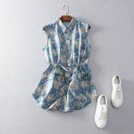 P54111 เสื้อเชิ้ตแขนกุด ผ้ายีนส์เนื้อดี พิมพ์ลายดอกไม้ เอวรูด สีน้ำเงิน