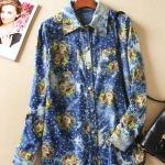 P4615 เสื้อเชิ้ตตัวยาว ผ้ายีนส์เนื้อนิ่มพิมพ์ลายดอกไม้ สีน้ำเงิน
