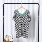P59015 เสื้อตัวยาว ผ้ายืดเนื้อดีลายทาง ขาวดำ คอวี หน้าสั้นหลังยาว