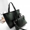 PB024 กระเป๋าแฟชั่น หนัง PU Set 2 ใบ กระเป๋าถือใบใหญ่ และกระเป๋าสะพาย ลายหนังจรเข้ สีดำ