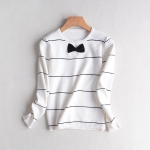p92701 เสื้อแขนยาว ผ้าไหมพรมลายริ้ว สีขาว