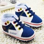 รองเท้าผ้าใบเด็กเล็ก GUESS