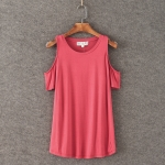 P36410 เสื้อทรงหลวม เว้าไหล่ ผ้ายืดคอทตอนเนื้อดี สีชมพูเข้ม