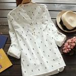 pre293 เสื้อแฟชั่นตัวยาว ผ้าฝ้ายเนื้อดีสีขาว พิมพ์ลายม้าน้ำ คอวีแขนยาว พับเป็นสามส่วนได้