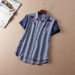 P7312 เสื้อเชิ้ตแขนสั้น ผ้ายีนส์เนื้อบาง สกรีนหัวนกยูง สีฟ้า size S M L