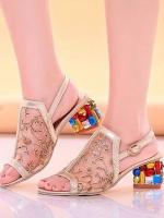 """รองเท้าส้นสูงสีทอง MIU MIU วัสดุผ้าปักลายดิ้นทอง หรูหราสุดๆ ตัดขอบด้วยผ้าเมทาลิคสีทอง สายรัดด้านหนังปรับได้ เพิ่มความหรูหราแและสง่ามากขึ้น แม่ค้าการันตีความสวยและความนิ่ม สูง2"""""""