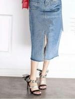 รองเท้าส้นสูงสีดำ ทรงส้นเข็ม สูง 3.5 นิ้วหมุดดอกไม้ ด้านหลัง.ใช้ผ้า ชีฟองม้วนทำโบ เกร๋สุดๆ เปรี้ยวอมหวาน ไม่มีในตู้รองเท้าถือว่าพลาดอย่างแรง