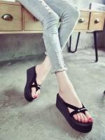 รองเท้าแตะสีดำ โฟมเเข็งอัดอย่างดี ส้นเตารีด เจอน้ำขังเท้าก็ไม่สกปรก ใส่นิ่มสบาย แห้งไวลุยฝนได้ น้ำหนักก็เบา ไม่ยุบ ไม่ย้วย ทรงอยู่ทรง •สูง 7cm.เสริมหน้า4 cm(NO BOX)