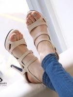 รองเท้าส้นสูงสีครีม ทำจากหนัง Pu เนื้อนิ่ม ดีไซน์สวย สไตล์ เปรี้ยวนิดๆ สีเรียบหรู ดูดี สายรัดข้อปรับระดับได้ หลังสูง 4 นิ้ว เสริมหน้า 1 นิ้วใส่แล้วดูสูงเพรียว
