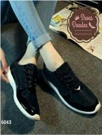 รองเท้าผ้าใบสีแนวสปอร์ต สวยมากขอบอก(สีดำ)