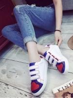 รองเท้าผ้าใบ Velcro Shoes ที่เกิดจากแรงบันดาลใจจากเหล่า Super Hero วัสดุหนังพียูนิ่ม สวมใส่ง่ายด้วยเมจิกเทป งานชนชอป พื้นนิ่ม หนาประมาณ 1 นิ้ว สวมใส่ง่าย เดินสบาย พื้นล่างวัสดุยางพาราเกรดเอ องบกว้าง+1