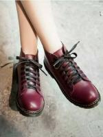 รองเท้าบูทสีไวน์ เท่ เก๋ เฉี่ยว หนีความจำเจ เห็นอย่างนี้ไม่หนักจ้า วัสดุทำจากหนังพียู ซับในนิ่ม พื้นยางยึดเกาะดีจ้า ((เท้าอวบอูม นิ้วยาว +1))