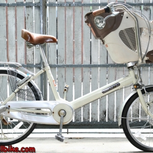 จักรยานแม่บ้าน ตระกร้าเด็ก Marukin ล้อ24นิ้ว 3เกียร์ ราคา 6,500บาท