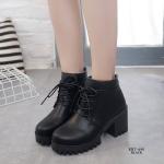 รองเท้าบูทส้นสูง หุ้มข้อ ส้นตัน (สีดำ )