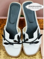 รองเท้าแตะสีขาว ที่สาวๆนิยมฮิตสุดทั่วโลก แบรนด์ดัง HERMES ชนช็อป เกรดพรีเมี่ยม