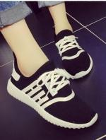 รองเท้าผ้าใบสีขาว แฟชั่นสไตล์เกาหลี ทรงSport เบาสบายระบาย ใส่เดินเที่ยว หรือออกกำลังกายก็ได้ เก๋สุดๆ