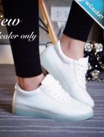 รองเท้าผ้าใบผู้หญิงสีขาว หนังPU แบบเชือกผูก พื้นยาง นิ่มสบายเท้า ทรงคลาสสิค แฟชั่นเกาหลี แฟชั่นพร้อมส่ง