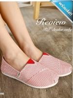 รองเท้าผ้าใบผู้หญิงสีแดง ลายทาง ส้นแบน แบมสวม น่ารัก สวมใส่สบาย แฟชั่นพร้อมส่ง