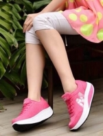 รองเท้าผ้าใบเสริมส้น ผ้าตาข่ายบุนวม (สีชมพู )