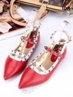 รองเท้าคัทชูสีแดง VALENTINO WATERCOLOR ROCKSTUD Flat Shoes งานหมุดวาเลนเกรดดี รัดข้อเท้าการันตีด้วยภาพถ่ายสินค้าจริงค่า แกะแบบของแท้ วัสดุหนังpuส้นแบนสายแบบเกี่ยวปรับได้
