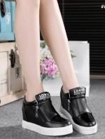 รองเท้าผ้าใบสีดำ หนังพียู แบบซิปสวมใส่ง่าย สินค้าคัดคุณภาพ พื้นยางกันลื่น ความสูง1.5นิ้ว