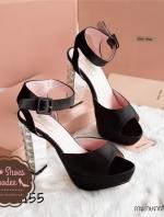 รองเท้าส้นสูงสีดำ 4.5นิ้ว เสริมหน้า1.5นิ้ว ตัวส้นฝังเพชรสวยมากๆ ตามสไตล์MIUMIU หน้าสวม สายรัดส้นเป็นเข็มขัดปรับขนาดได้ วัสดุทำจากผ้าซาตินคุณภาพดี