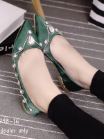 รองเท้าคัชชูสีเขียว วัสดุทำจาผ้าซาติน สูง1.5cm สินค้านำเข้าหิ้วเอง หัวแหลมเก็บทรง เท้าอูม+1