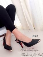 รองเท้าคัทชูส้นสูงรัดส้น หัวสีทอง (สีดำ )