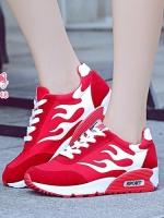 รองเท้าผ้าใบเสริมส้นสีแดง สไตล์เกาหลี ทรงสวย สีสดร้อนแรงแต่งลายไฟ สวมคมโฉบเฉี่ยว