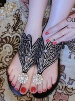 รองเท้าแตะสีดำ คีบสวมลำลอง งานเริ่สๆ Guerlain แบรนด์ดังจากปารีส ดีไซส์เก๋ๆ งานเลอค่าประดับเพรช