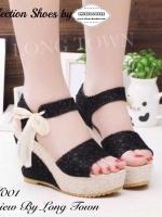 รองเท้าส้นเตารีดสีครีมงานนำเข้าน่ารัก ลายลูกไม้นิ่มมากๆๆ เป็นแบบรัดข้อผูกเชือกด้านข้างหวานสุดๆ