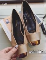 รองเท้าคัทชูสีทอง คัทชูส้นเตี้ย งานนำเข้า แบบสวยเหมือนในรูป วัสดุผ้าซาตินอย่างดี ดูมีราคา