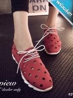 รองเท้าผ้าใบผู้หญิงสีแดง หนังเจาะรู พื้นร่อง แบบเชือกผูก แฟชั่นเกาหลี ระบายอากาศได้ดี สวมใส่สบายเท้า แฟชั่นเกาหลี แฟชั่นพร้อมส่ง