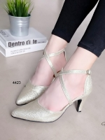 รองเท้าส้นสูงรัดส้น หัวแหลม หนังกลิตเตอร์ (สีทอง)